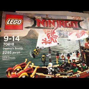 LEGO Destiny's Bounty 70618 Retired Set NIB